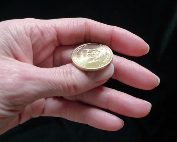 Гадание на монетах орел и решка.